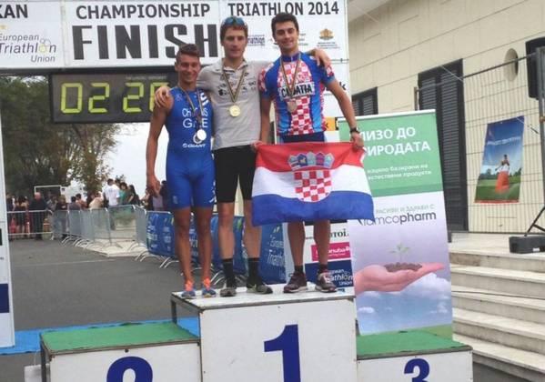 Matija Lukina treći na Balkanskom prvenstvu u triatlonu