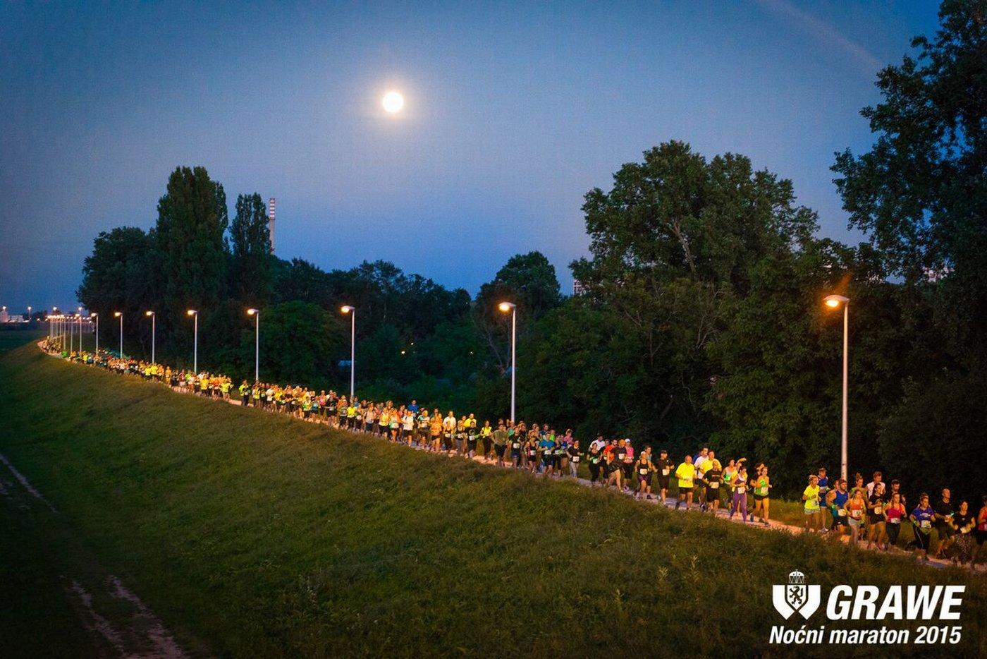 Fotografija 2_Trkači na GRAWE noćnom maratonu