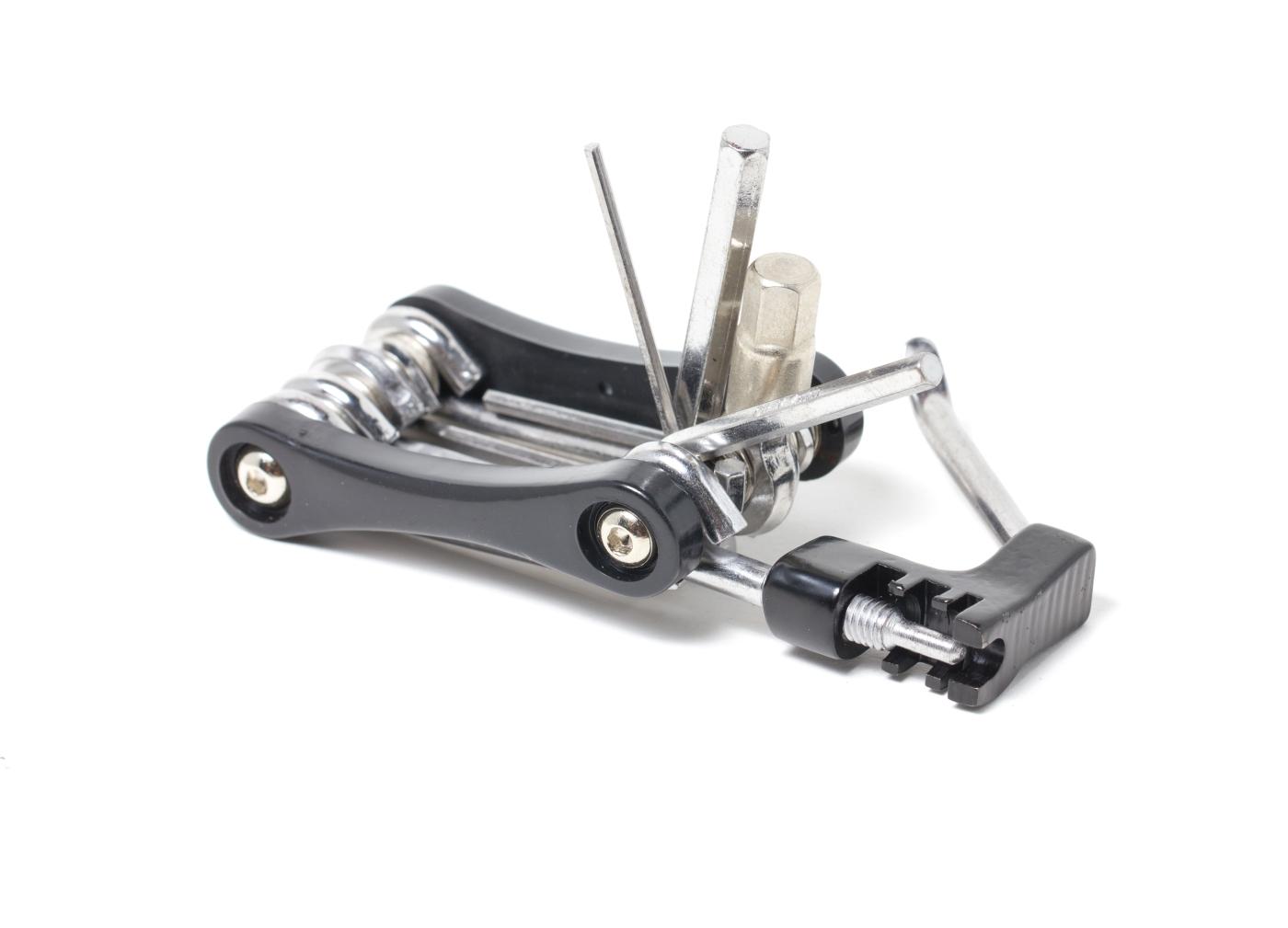 Mali multi alat neka uvijek bude u torbici na biciklu